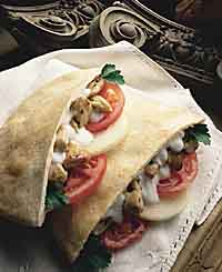 9911801870_chicken-kabobs-in-pita-bread-recipe
