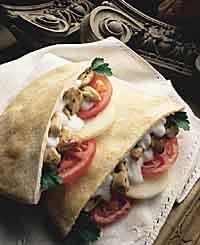 9911801870_chicken-kabobs-in-pita-bread-recipe