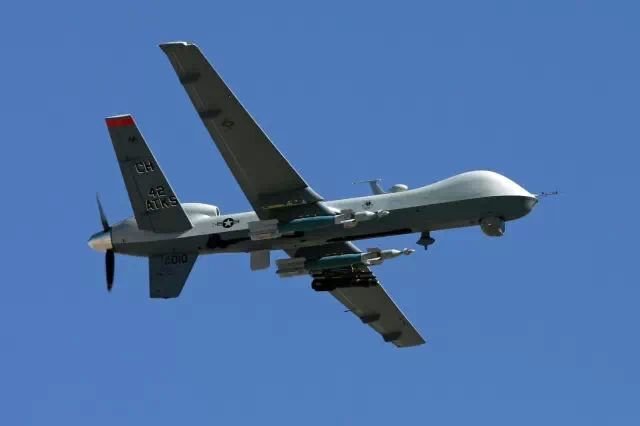 An MQ-9 Reaper flies by at Creech Air Force Base in Indian Springs, Nev. (Ethan Miller/GETTY IMAGES)