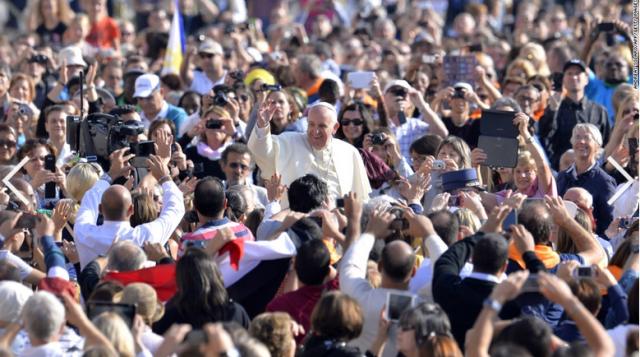 POPE_2015-02-08_0540
