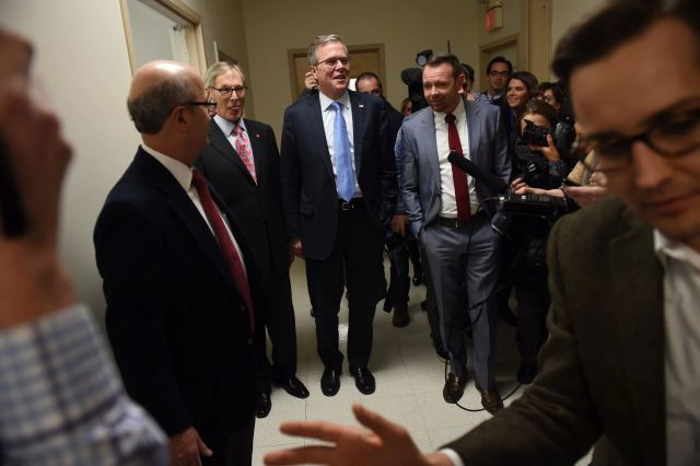 Jeb Bush tours Integra Biosciences in Hudson, N.H. on Friday (Matt McClain/The Washington Post)