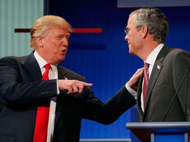 2015-08-06-donald-trump-pointing-hand-shoulder-jeb-bush-debate-reuters-640-668x501