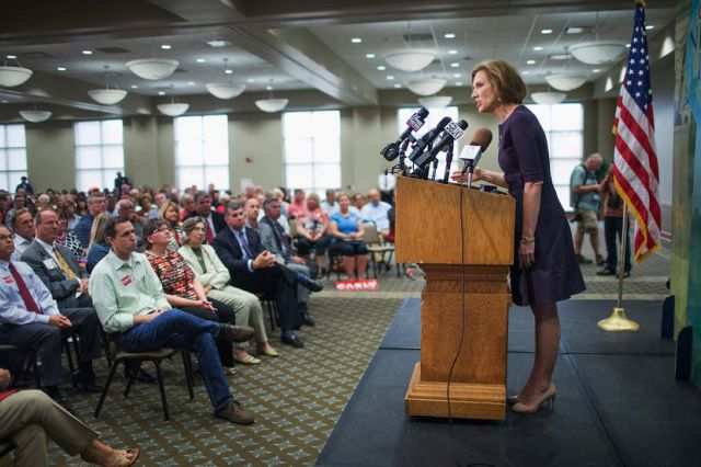 DAVENPORT, IA - SEPTEMBER 25: Republican presidential candidate Carly Fiorina addresses the Quad Cities New Ideas Forum at St. Ambrose University on September 25, 2015 in Davenport, Iowa. Fiorina is currently polling in second place behind Donald Trump for the Republican nomination. (Photo by Scott Olson/Getty Images)
