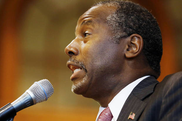 Republican presidential candidate, retired neurosurgeon Ben Carson speaks during a campaign stop at the University of New Hampshire, Wednesday, Sept. 30, 2015, in Durham,NH (AP Photo/Jim Cole)