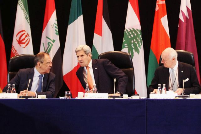 MUNICH, GERMANY - FEBRUARY 11: (L-R) Russian foreign minister Sergey Lavrov, U.S. Secretary of State John Kerry and UN special envoy on Syria Staffan de Mistura are pictured during a meeting of the International Syrian Support Group (ISSG) ahead of the International Munich Security Conference on February 11, 2016 in Munich, Germany. ISSG met in Munich to further discuss a peaceful solution in the Syria war. (Photo by Alexandra Beier - Pool/Getty Images)