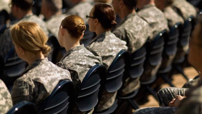 womenmilitarydraft_052016getty