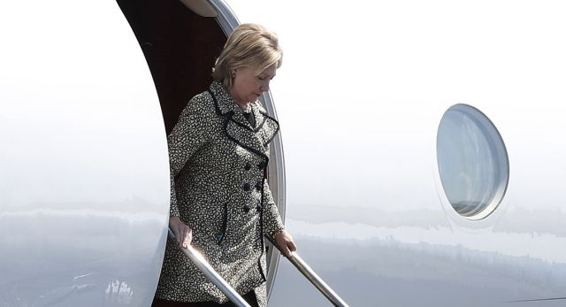 hillary-descends