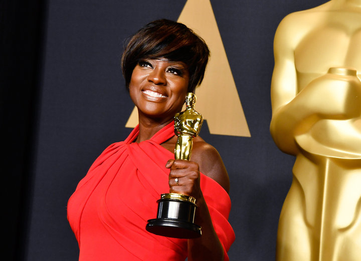 HOLLYWOOD, CA - FEBRUARY 26: Actor Viola Davis, winner of the Best Supporting Actress award for 'Fences' poses in the press room during the 89th Annual Academy Awards at Hollywood & Highland Center on February 26, 2017 in Hollywood, California. (Photo by Frazer Harrison/Getty Images)